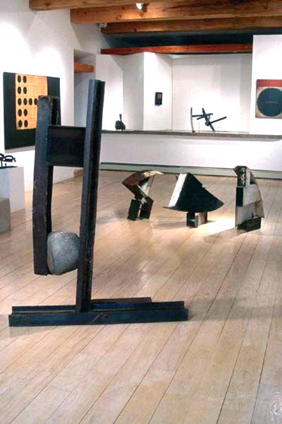 https://www.paulacastilloart.com/wp-content/uploads/1999/06/for-castillo-sculpture.jpg