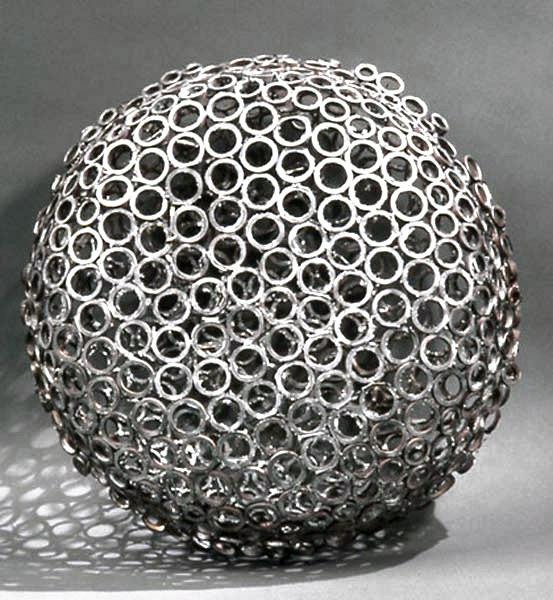 https://www.paulacastilloart.com/wp-content/uploads/2001/06/castillo-sculpture-bola.jpg