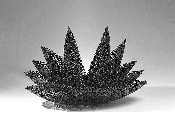 https://www.paulacastilloart.com/wp-content/uploads/2001/06/castillo-sculpture-lotus.jpg