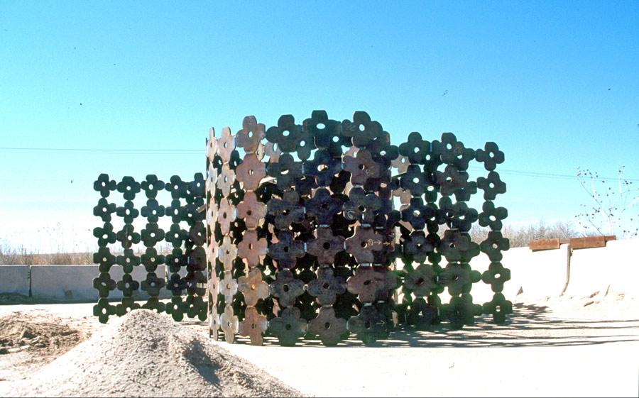https://www.paulacastilloart.com/wp-content/uploads/2005/05/paula-castillo-sculpture-arroyo1.jpg