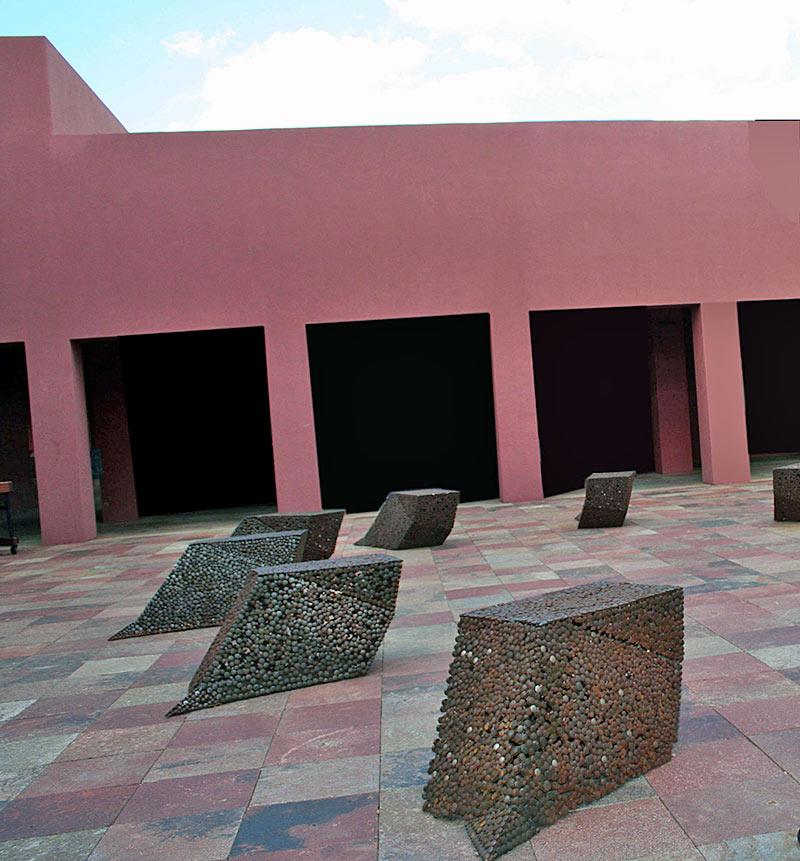 https://www.paulacastilloart.com/wp-content/uploads/2019/06/staircase3-castillo-sculpture-1.jpg