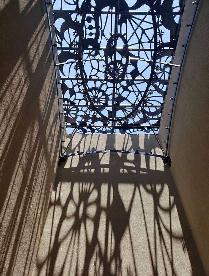 https://www.paulacastilloart.com/wp-content/uploads/2019/07/castillo-slope-of-the-sky-sculpture.jpg